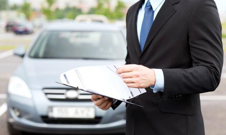 車両保険の保険金額の決め方・設定方法・いくらにするか