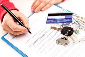 自動車保険の記名被保険者と契約者の違い
