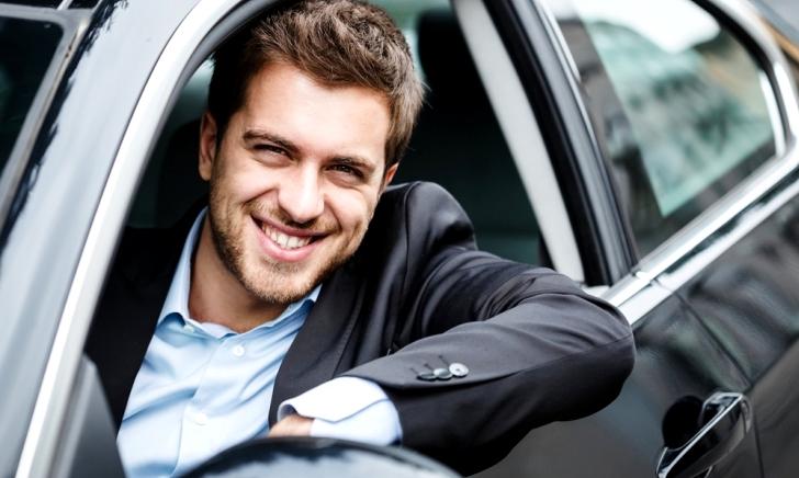40代・50代の自動車保険の選び方・保険料相場