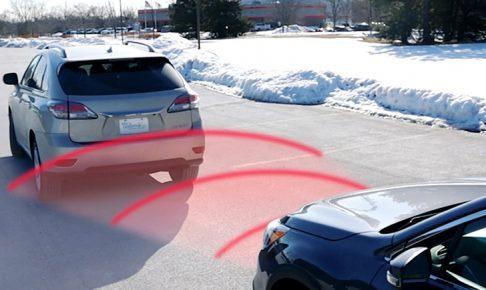 自動ブレーキ搭載車は自動車保険が安くなる【先進安全自動車割引】