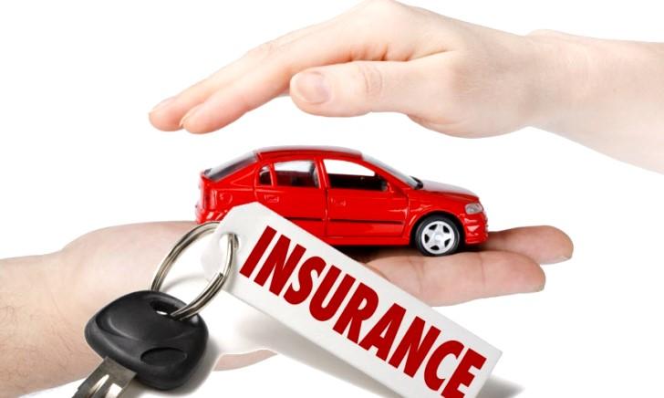 自動車保険に短期間だけ加入する方法