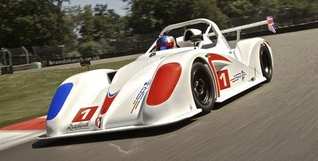 イギリスのローカルレースに学ぶ車との付き合い方【Radical】