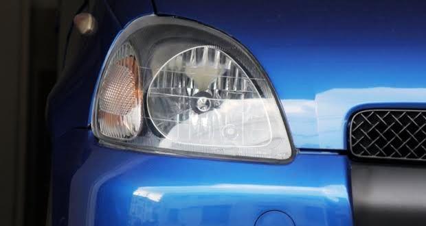 ヘッドライトの黄ばみをクリア塗装で対策する方法 part.1