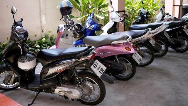 自動車保険のファミリーバイク特約はお得なのか【原付バイク】