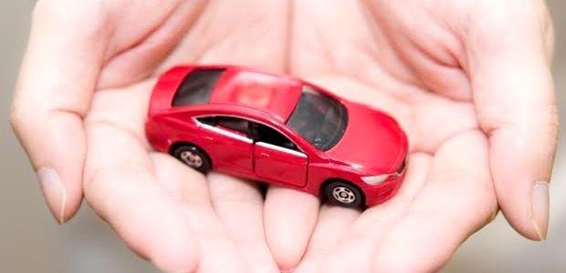 しばらく車に乗らないときの自動車保険手続き【中断・等級】
