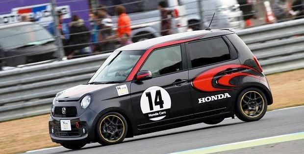 ホンダ N-ONEオーナーズカップでモータースポーツデビュー
