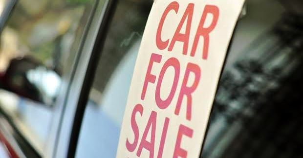 不人気車を選んで中古車を安く買う方法【値下げ】
