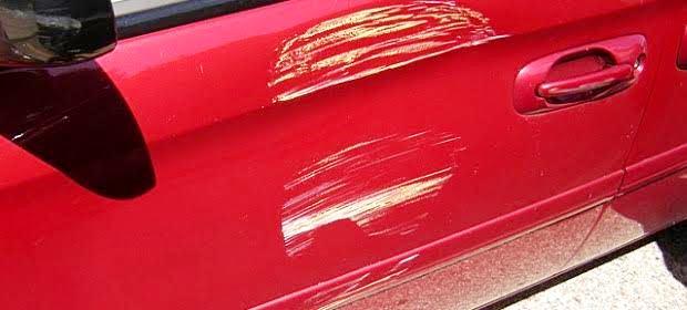 車を売る前に傷や凹みを直したりワックスを掛けたほうがいいのか
