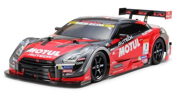 スーパーGTチャンピオンマシンGT-Rをラジコンカーで楽しむ