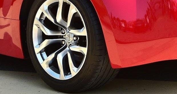 低燃費タイヤはお得で効果があるのか【エコ・疑問】