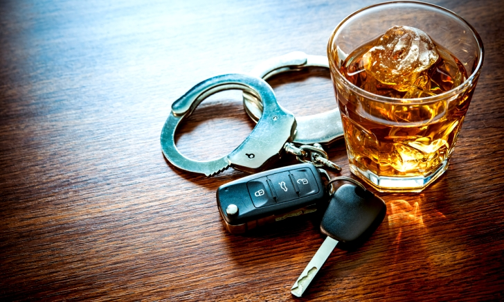飲酒運転にならないためには何時間経てばいいのか