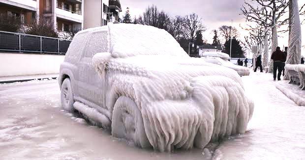 寒冷地で駐車するときの注意点【サイドブレーキ】