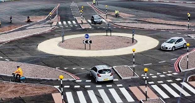 国内でも運用開始されたラウンドアバウトとは【環状交差点・メリット・デメリット】