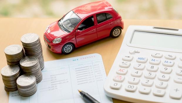 自動車保険を途中解約すると保険料は返金されるのか【返戻金】