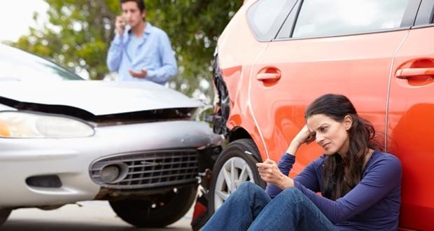 自動車保険に入っていない車からぶつけられたときに役立つ無保険車傷害保険